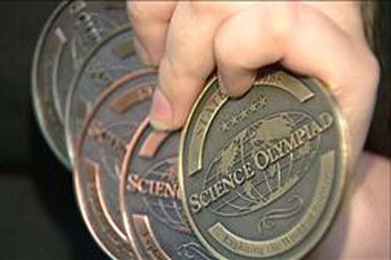 Fatih, Yamanlar, Samanyolu schools win medals at science