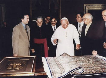 Gulen-and-Pope-2