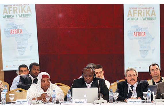 Participants of the Abant meeting from Turkey and Africa agreed that mutual understanding is improving. <br/>(Photo: Today's Zaman, Turgut Engin)