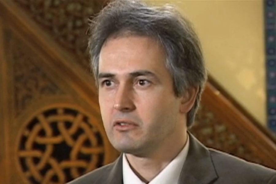 Dr. Alp Aslandogan