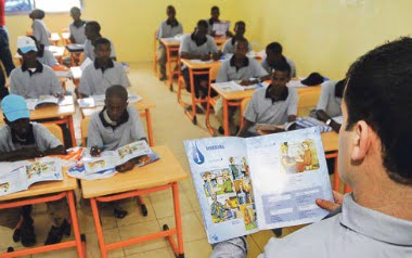 Somali students on Monday filled the classrooms of the country's first Turkish high school in Mogadishu.