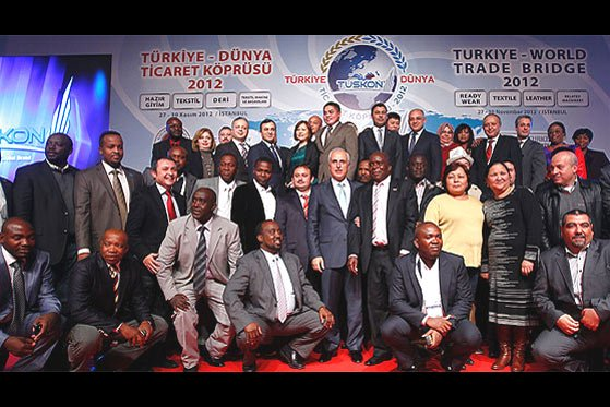 Hundreds of businessmen from all around the world attended the opening ceremony of the Turkey-World Trade Bridge 2012 held by TUSKON in İstanbul on Tuesday. The event will start on Wednesday. (Photo: Today's Zaman, Hüseyin Sarı)