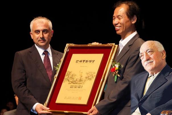 Journalists and Writers Foundation (GYV) President Mustafa Yeşil received the prestigious award on behalf of Gülen