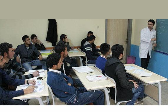 A classroom in a prep school in eastern Turkish province of Kars. (Photo: Cihan, Abdülkadir Erzeneoğlu)