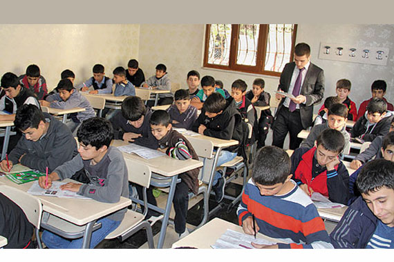 Students receive free education at an education center in the southeastern province of Diyarbakır, which is set to be closed by the government despite opposition to the plan from both students and parents. (Photo: Cihan, Sinan Yılmaz)