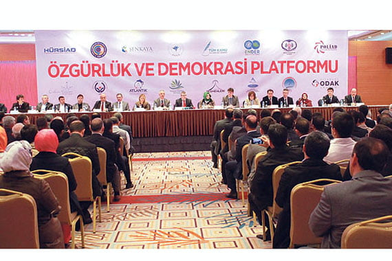 Members of the Freedom and Democracy Platform on Monday held a news conference at a hotel in Ankara concerning plans to close down prep schools. (Photo: İHA, İlker Turak)