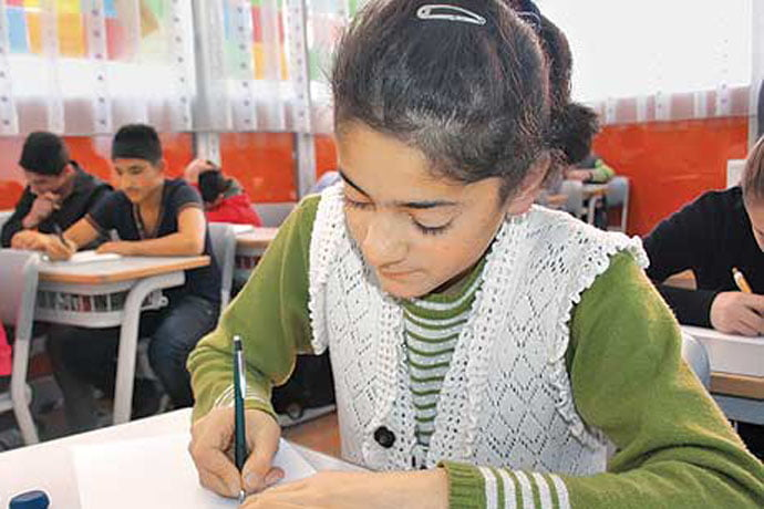 Students attending a free reading hall in the eastern province of Kars wrote letters to the PM, asking that prep schools and reading halls be preserved. (Photo: Cihan, Mehmet Okay)
