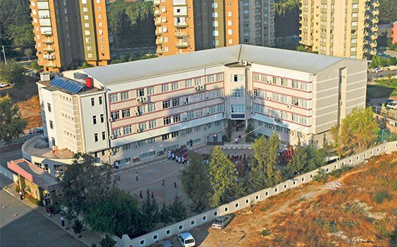 The school that AK party mayor wants to destruct has been serving for 18 years.