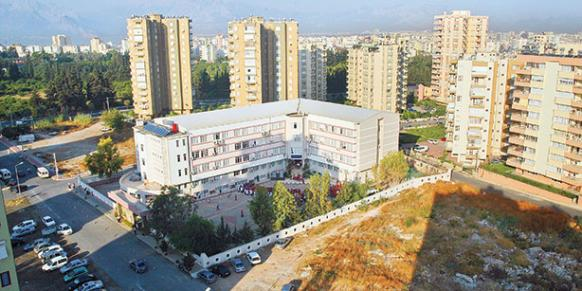 A Hizmet-affiliated school that has been subject to the change in school zoning plans is seen in Antalya province in this Aug. 12 file photo.(Photo: Cihan)