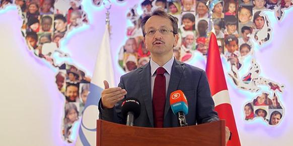 Kimse Yok Mu President İsmail Cingöz addresses a press conference at the headquarters of the charity group on Thursday. (Photo: Cihan)
