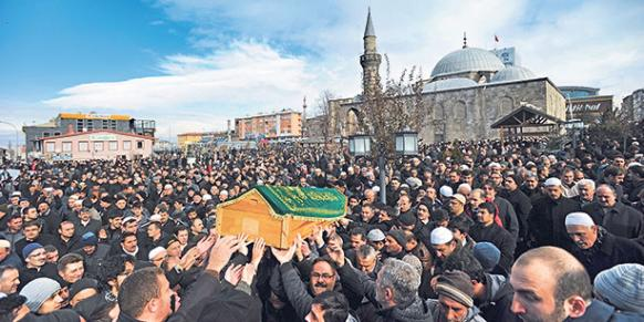 Seyfullah Gülen, the brother of Turkish Islamic scholar Fethullah Gülen, was laid to rest in his hometown of Erzurum. (Photo: Cihan)