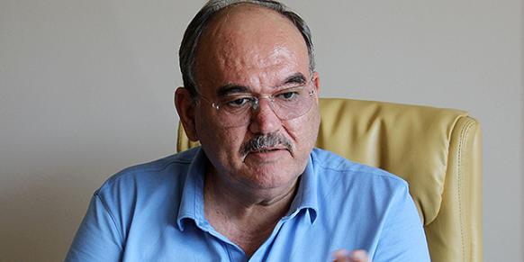 Burhan Özfatura (Photo: Today's Zaman, Hasan Çilingir)