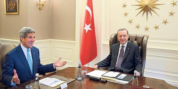 President Recep Tayyip Erdoğan meets with US Secretary of State John Kerry (L) meet at the Çankaya presidential palace on Sept. 12, 2014.(Photo: Reuters)