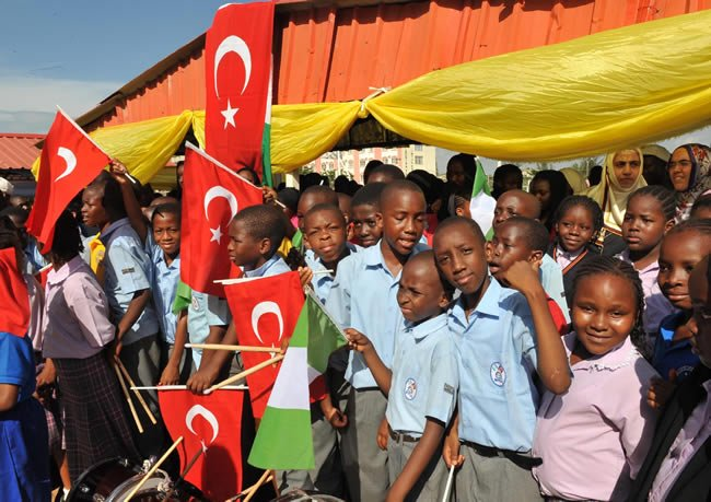 Nigerian - Turkish school students