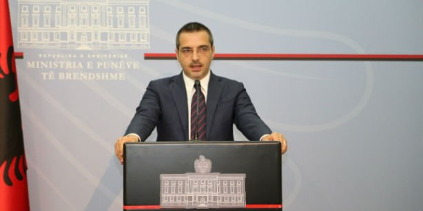 Albanian Interior Minister Saimir Tahiri speaks at a press conference in Tirana. (Photo: Cihan)