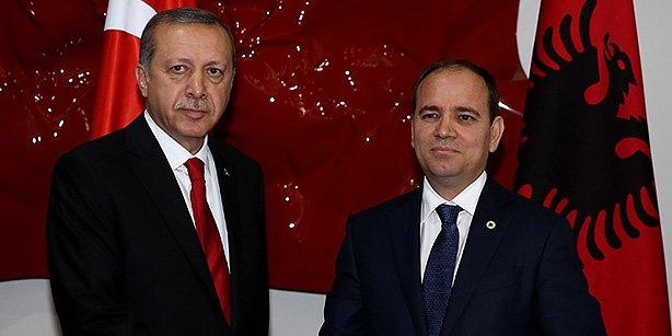 Albania's President Bujar Nishani is seen with Turkish President Recep Tayyip Erdoğan in this photo taken May 13. (Photo: Cihan)