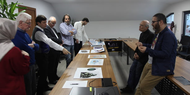 Cartoons were evaluated by a jury made up of famous cartoonists such as Tan Oral, İbrahim Özdabak, Muammer Kotbaş and Rudy Gyhesens. (Photo: Today's Zaman)