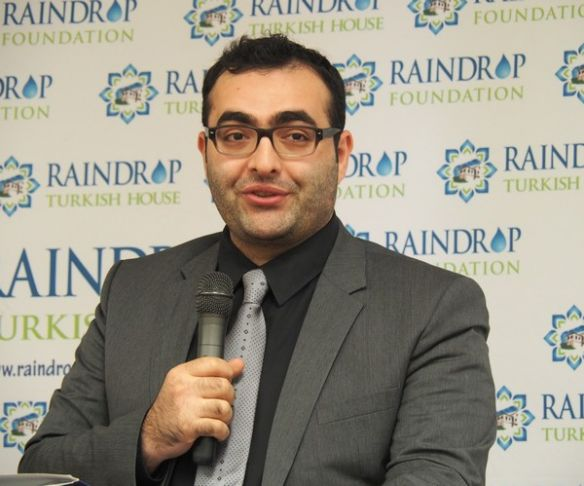 Mahir Zeynalov speaking on Feb. 10, at the Raindrop Turkish House in Oklahoma City. Photo: Olivier Rey / Red Dirt Report