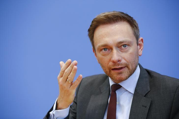 Christian Lindner, chairman of the liberal Free Democratic Party, addresses the media in Berlin, Germany, March 14, 2016. REUTERS