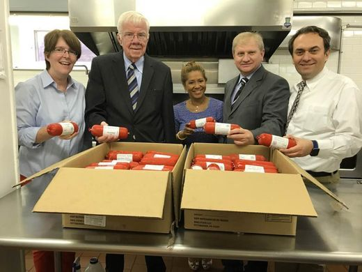 Peace Islands Institute, a 501(c)3 non-profit organization, donates meat to Toni's Kitchen in Montclair on Sept. 27. Pictured from left are: Ann Mernin, Director of Toni's Kitchen, Montclair; Assemblyman Thomas P. Giblin; Lolita Cruz, Chief of Staff, Assembly Giblin; Ercan Tozan, Executive Director Peace Island Institute; Savan Metin, Program Analyst Embrace Relief  Lindsey Kelleher/NorthJersey.com