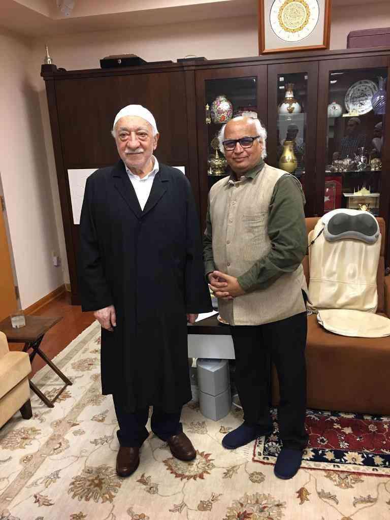 Fethullah Gulen and Sudheendra Kulkarni