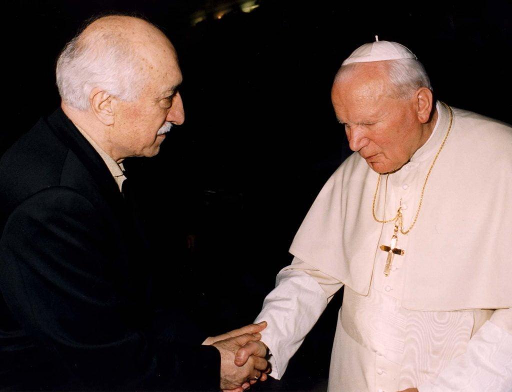 Fethullah Gulen with with Pope John Paul II
