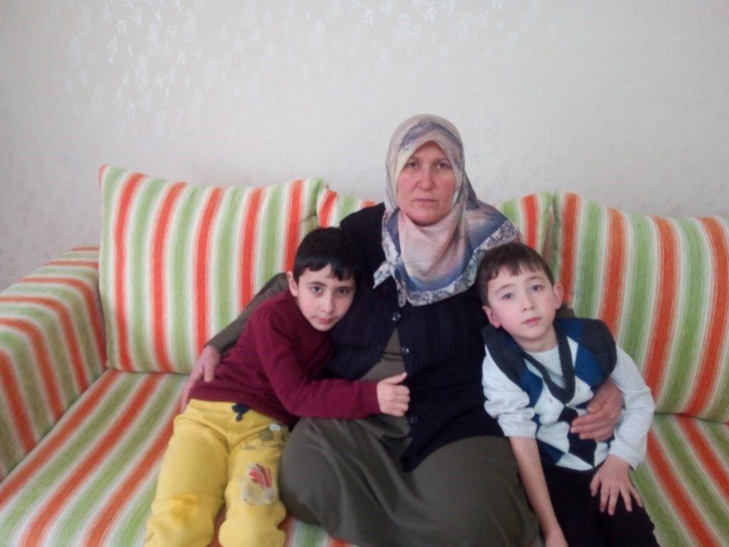 Zeynep Eker and grandsons